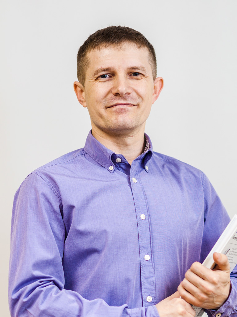 Алексей Викторович Иванов